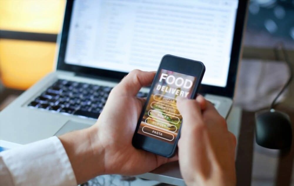 7 Tips to Building & Marketing a Food Delivery App?