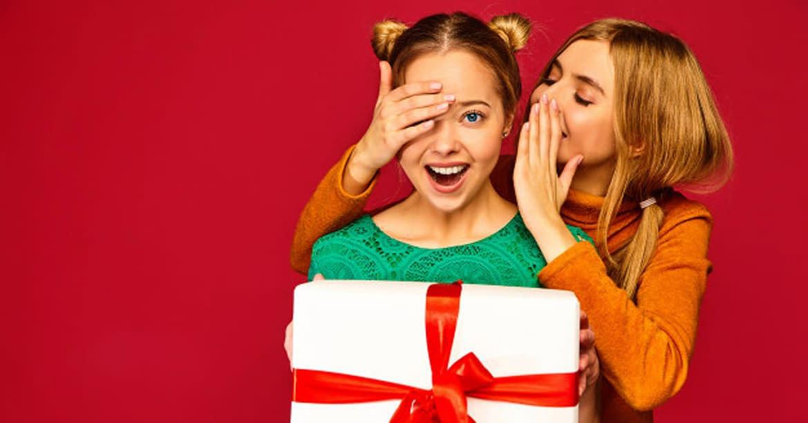 Best Gifts to celebrate Secret Santa for Christmas